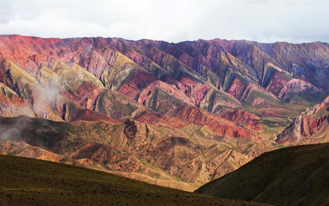 """<p class=""""Normal""""> Thung lũng Quebrada de Humahuaca là di sản thế giới tại Jujuy, Argentina. Khu vực này là nơi sinh sống của cư dân trong khoảng ít nhất 10.000 năm qua. Dòng sông Rio Grande chạy qua thung lũng trong suốt mùa hè.</p>"""
