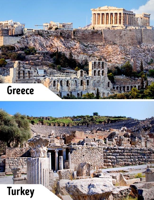 <p> Thành phố cổ Acropolis vẫn còn giữ được các nhà hát, đền đài với nhiều cột lớn điển hình kiến trúc Hy Lạp. Ở đất nước láng giềng Thổ Nhĩ Kỳ cũng có Ephesus - một thành phố cổ với nhiều nét tương đồng với giá trị lịch sử cao nhưng không nổi tiếng như Acropolis.</p>