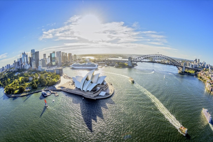 <p> <strong>5. Houston, Mỹ tới Sydney, Australia (United Airlines)</strong></p> <p> Quãng đường: 13.834 km<br /> Thời gian bay ước tính: 17 giờ 30 phút<br /> Máy bay: Boeing 787<br /> Chuyến bay đầu tiên: 18/1/2018</p>