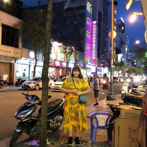 Hình ảnh check-in tại TP HCM của Soobin thu hút hơn 43.700 lượt yêu thích và hàng trăm bình luận. Ảnh:Yang Soobin.