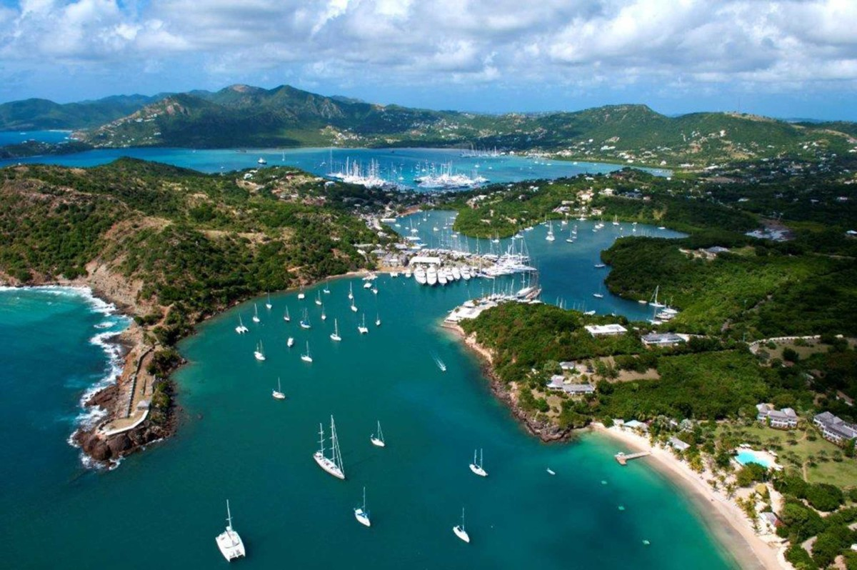 Antigua - a small island nation with a 'golden passport' attracts rich people