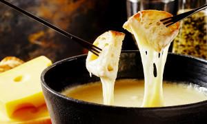 Fondue cheese hotpot, a 'national spirit' dish of Switzerland