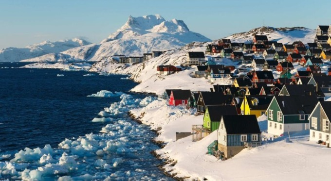 Greenland-3831-1587553962.jpg?w=680&h=0&q=100&dpr=1&fit=crop&s=AWL_lKOxtn6e9f9DQB8hsg