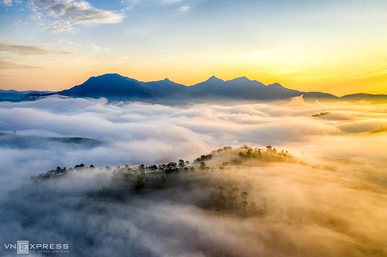 Sương giăng phố núi