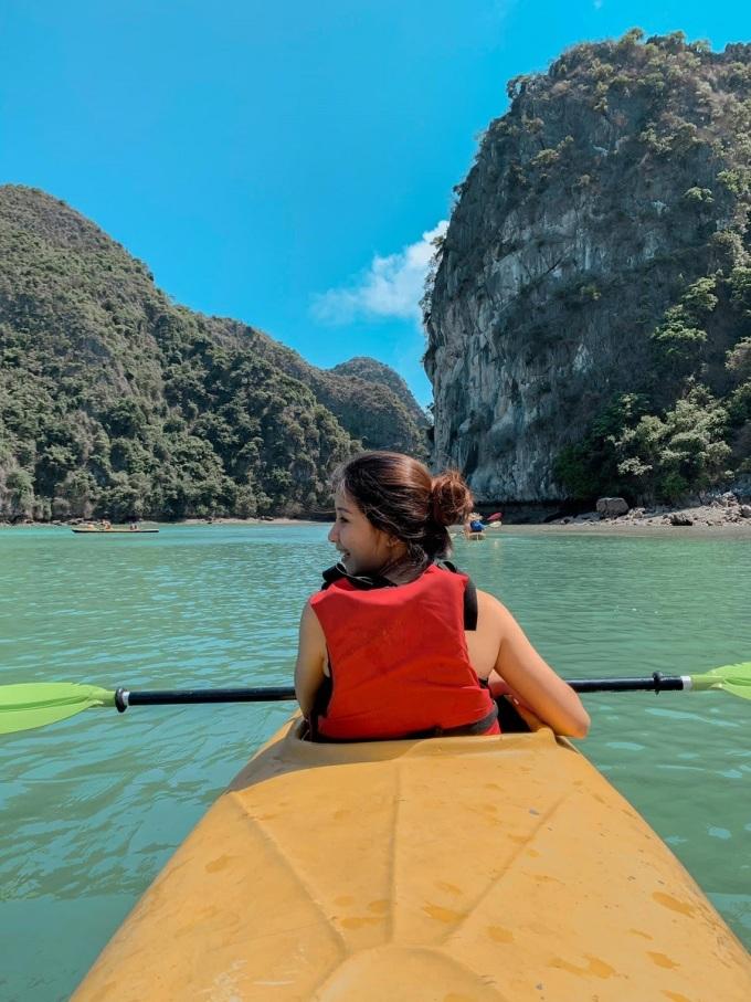 Vịnh Lan Hạ là một trong những điểm chèo thuyền kayak đẹp nhất ở Việt Nam. Ảnh: Vũ Cúc Phương.