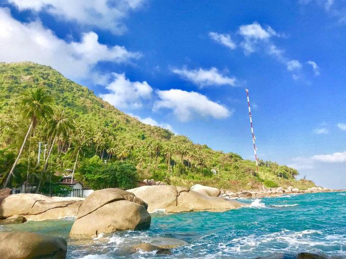 Hòn Sơn là một đảo thuộc xã Lại Sơn, huyện Kiên Hải, cách trung tâm thành phố Rạch Giá 65 km. Ảnh: NVCC.