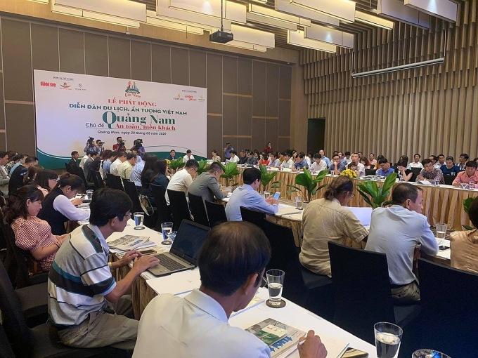 Diễn đàn Ấn tượng Việt Nam chủ đề Du lịch Quảng Nam: an toàn và mến kháchvừadiễn ra tại Hội An sáng 28/5, với sự tham gia của nhiều doanh nghiệp, hàng không.