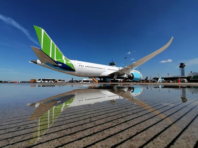 Bamboo Airways áp dụng thẻ thành viên kèm comboo nghỉ dưỡng cho du khách. Ảnh: Vũ Hướng Dương.