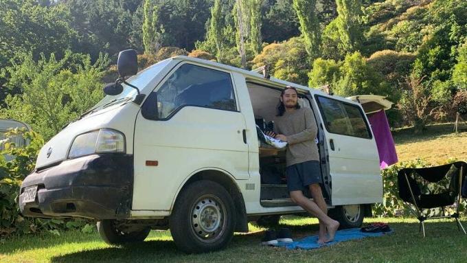 Hannah và bạn trai đã lên kế hoạch chi tiết, cụ thể về những chi phí cho đồ ăn, di chuyển... trong chuyến du lịch vòng quanh New Zealand. Ảnh: Insider.