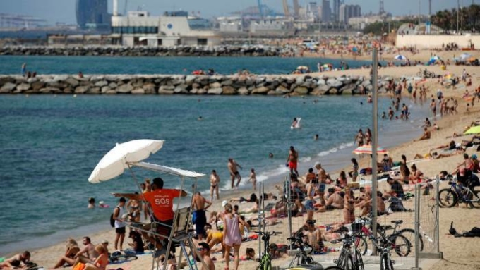 Tây Ban Nha cho phép khách Anh và Schengen nhập cảnh tự do từ 21/6.