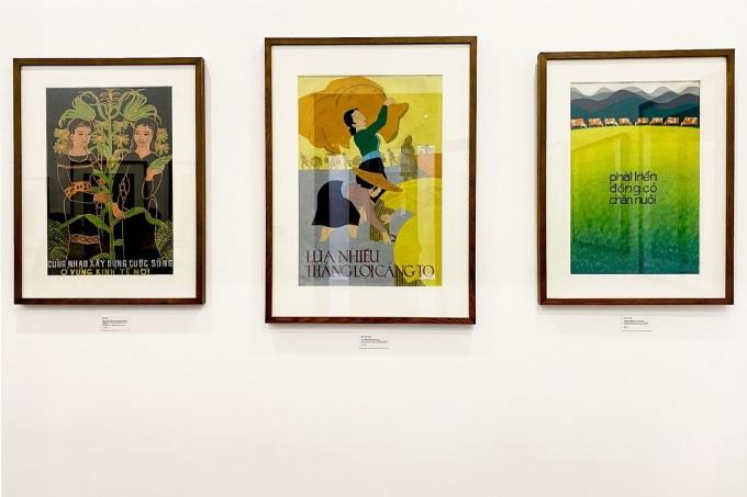 Một số tác phẩm tranh cổ động giai đoạn sau 1975. Công việc của các họasĩ vẽ tranh cổ động lúc ấy có thêm một trách nhiệm là thể hiện sự nghiệp cả nước cùng bước vào công cuộc xây dựng Chủ nghĩa Xã hội, được chia thành từng thời kỳ.