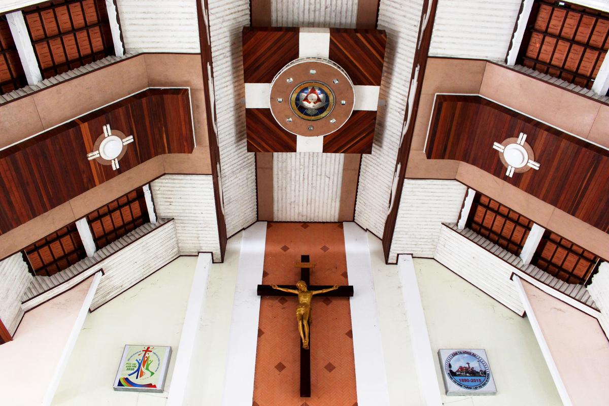 Ngôi giáo đường có mái đầu đao - 6