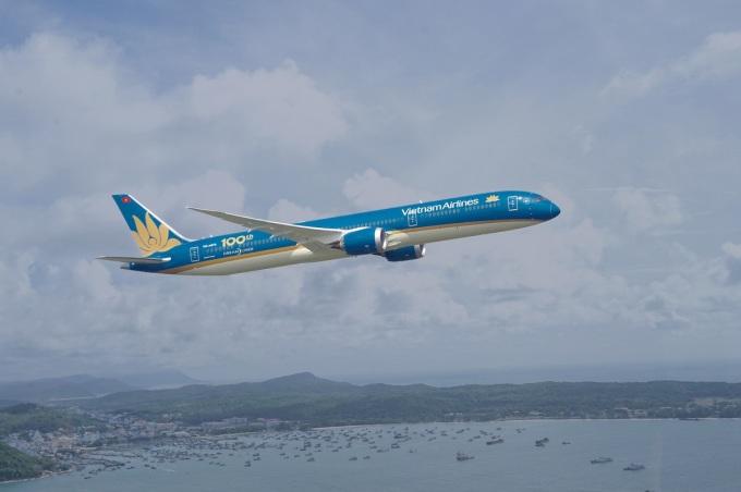 Vietnam Airlines khuyến mãi gói bay khứ hồi TP HCM - Hà Nội. Ảnh minh họa.
