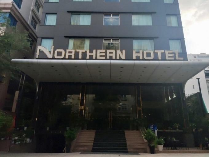 Chủ các khách sạn cao cấp 4 - 5 sao cũng bắt đầu rao bán, cho thuê lại ngày càng nhiều. Ảnh: Nguyễn Nam