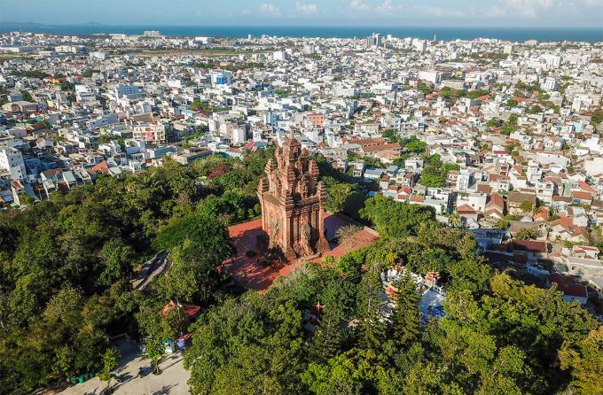 Tháp Nhạn ở TP Tuy Hòa, Phú Yên, nơi thu hút khách đê