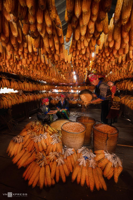 Nét đẹp phụ nữ Việt dọc miền đất nước - 1