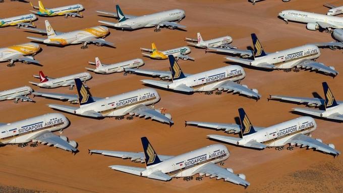 Điều bất thường trong nghĩa địa máy bay