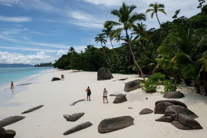 Du lịch đóng góp khoảng 25% vào GDP của Seychelles. Ảnh: AFP
