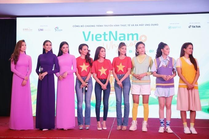 9 hoa hậu, á hậu tham gia chương trình. Ảnh: Đạt Nguyễn