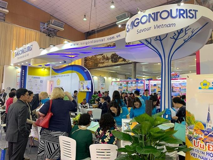 Khách tham quan tại gian hàng của Saigontourist Group ở Hội chợ VITM Hà Nội 2019. (nguồn ảnh)