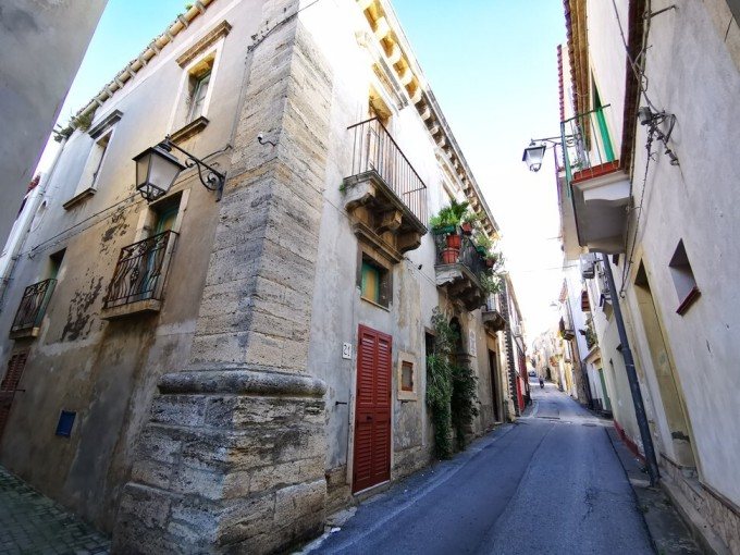 Gesso là một phần của Messina, thành phố lớn thứ ba của Sicily. Và thành phố này cũng kỳ vọng sẽ được hưởng lây vinh quang từ ngôi làng. Ảnh: Discover Messina Travel/SCMP