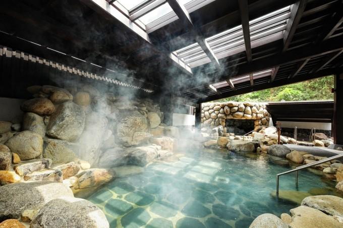 Khu tắm tiên tại Yoko Onsen Quang Hanh. Ảnh: Sun Group.