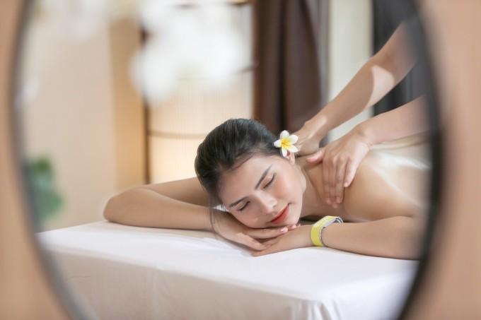 Khách hàng trải nghiệm dịch vụ spa tại Yoko Onsen Quang Hanh. Ảnh: Sun Group.