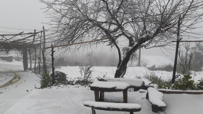 Khung cảnh tuyết trắng Y Tý. Ảnh:Phu Suy Hờ