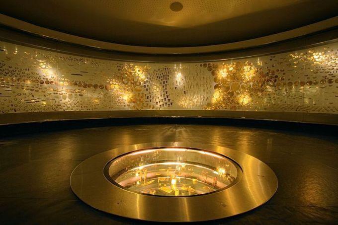 Museo dek Oro, Bogota, ColombiaMuseo del Oro (Bảo tàng Vàng) là điểm thu hút khách du lịch nổi tiếng ở Colombia, thu hút hơn 50.000 người mỗi năm. Các cuộc triển lãm, trưng bày ở đây thường gồm rất nhiều các đồ bằng vàng có niên đại từ thời Christopher Columbus. Ảnh: Pinterest