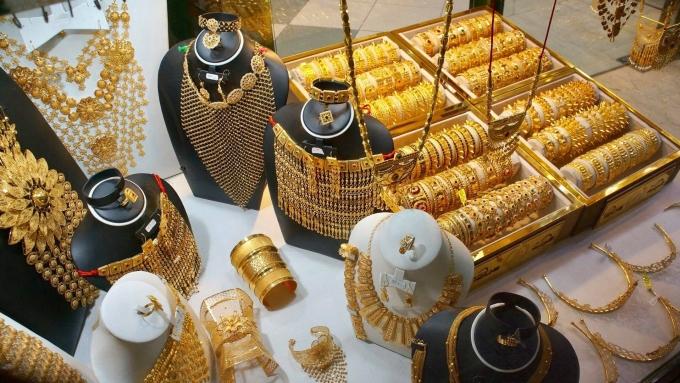 Gold Souk (Chợ Vàng), Dubai, UAENhắc đến Dubai là nhắc đến Gold Souk - chợ vàng danh tiếng tồn tại đến ngày nay.