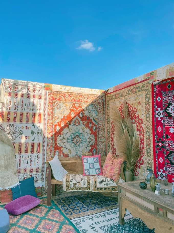 A small Morroco-inspired corner in the picnic area when adorned with colorful objects and textures.