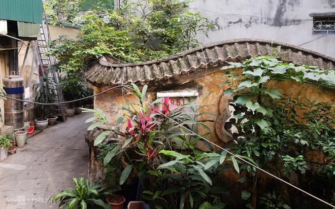 Biệt thự gần 100 năm tuổi bị lãng quên ở Hà Nội - 2