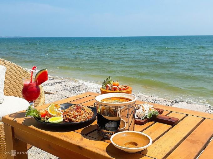 Bữa trưa theo phong vị Thái Lan tại Mũi Né.