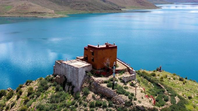 Ngôi đền cô đơn nhất thế giới ở Tây Tạng - 4