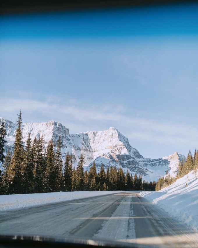 Icefields Parkway, Canada: 144 miles, 781 pictures per mile  This 144-mile stretch connects Lake Louise with Jasper, Alberta. While its endpoints are stunning, there are plenty of other gorgeous stops on the route, including glaciers, waterfalls, and more.