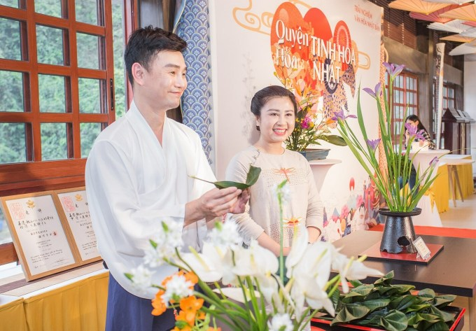 The series of experiential activities with the theme of Japanese Flower Harmony took place last week at Yoko Onsen Quang Hanh Resort (Cam Pha, Quang Ninh).  This is a Japanese cultural experience event for customers of Sun Onsen Village - Limited Editon.