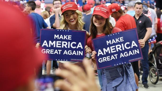 Với những người lớn lên ở Mỹ, họ sẽ nghĩ America và United States đều chỉ nước Mỹ, và có thể đổi lẫn cho nhau. Nhưng với phần lớn còn lại của thế giới, đây là hai định nghĩa khác nhau. America là châu Mỹ, United States là nước Mỹ. Ảnh: Converstation