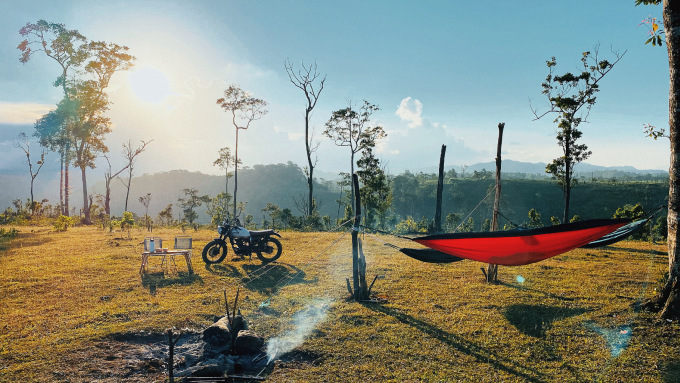 Khung cảnh thiên nhiên trên đồi Mặt trời. Ảnh: NVCC.