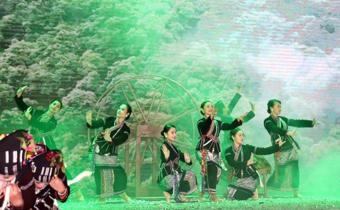 Sự kiện năm 2020 được tổ chức tại Hà Nội với chủ đề Rực rỡ sắc màu Lai Châu. Ảnh: Thúy Hà.