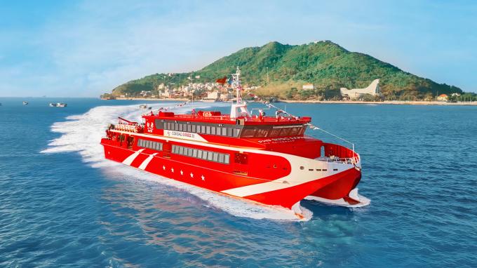 Du lịch đường thủy giúp tiết kiệm chi phí nhưng nhiều du khách vẫn ngần ngại vì chứng say tàu xe. Ảnh: Tàu Cao Tốc