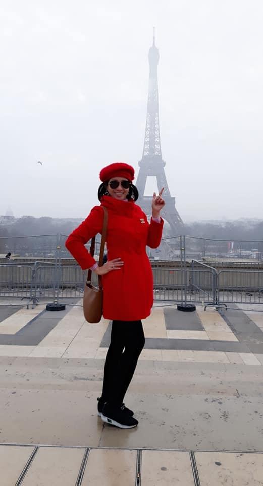Từng đến các quốc gia châu Âu, Australia, Singapore, Trung Quốc... bà Oanh cho biết vẫn mong muốn được lái xe qua những con đường đất nước.