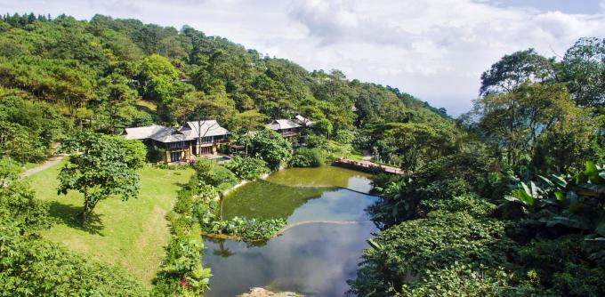 Trước đó nhiều khu nghỉ dưỡng biệt lập, villa quanh Hà Nội đã kín khách hầu hết các ngày trong tháng 7. Ảnh: Meliá Ba Vì Moutain Retreat.