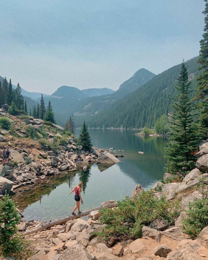 Hiện tại các cô gái đã đi qua bang Idaho, Wyoming và Montana. Họ dành nhiều thời gian để tận hưởng Grand Teton, vườn quốc gia nổi tiếng ở Wyoming. Và đây mới chỉ là phần khởi đầu của hành trình chu du nước Mỹ.