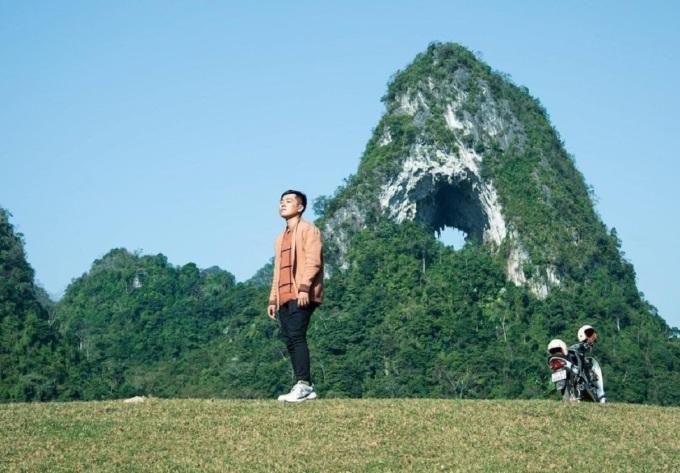 Núi Mắt Thần độc nhất vô nhị ở Cao Bằng - 2
