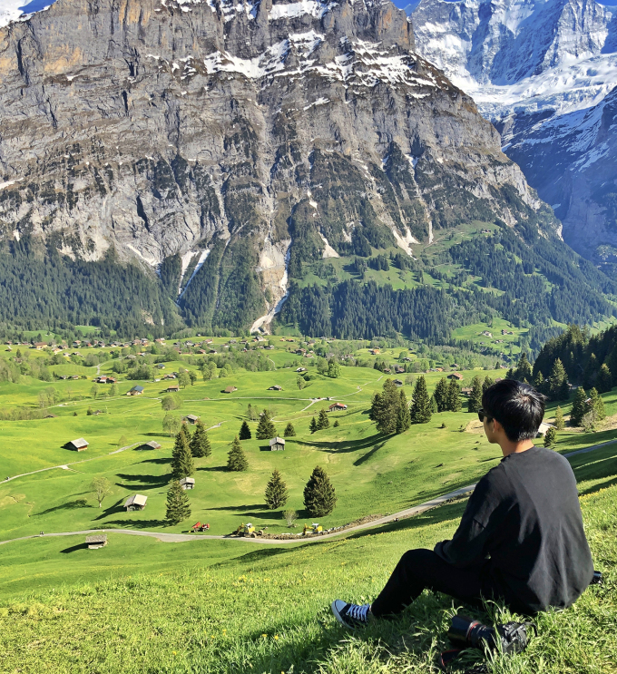 Với Quốc, ngôi làng nhỏ bên dãy núi Alps ở Thụy Sỹ là khung cảnh choáng ngợp nhất anh từng được chiêm ngưỡng.