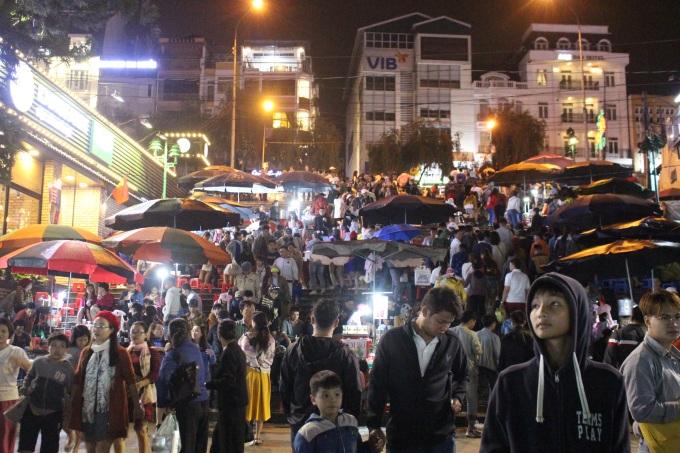 Da Lat night market area on the evening of September 2, 2019.  Photo: Huynh Nhi