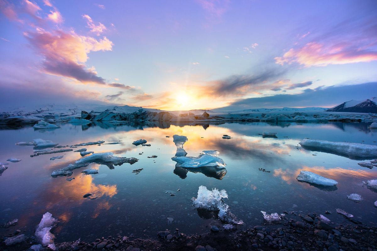 iceland-midnight-sun-photography-13-1630387327.jpg
