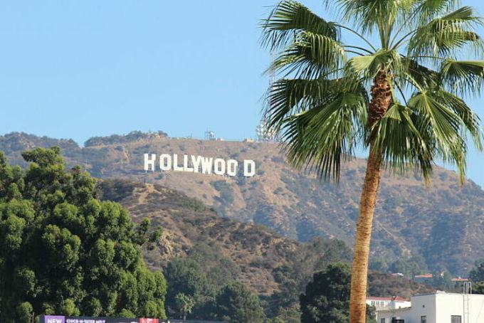 Hollywood, một điểm đến đầy rác thải và mùi nước tiểu, một du khách để lại bình luận. Nhiều người đã đồng tình với bình luận này và cho biết, họ có chung cảm giác thất vọng khi ghé thăm một trong những cái tên nổi tiếng nhất thế giới. Tuy nhiên bên cạnh đó, không ít người cho biết dù như thế, họ vẫn muốn tới đây một lần trong đời. Ảnh: Flickr