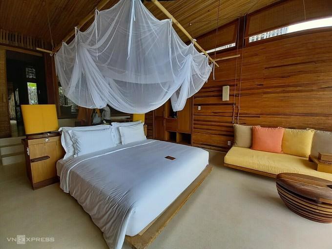 Bên trong một phòng nghỉ tại Six Senses Côn Đảo. Ảnh: Khánh Trần