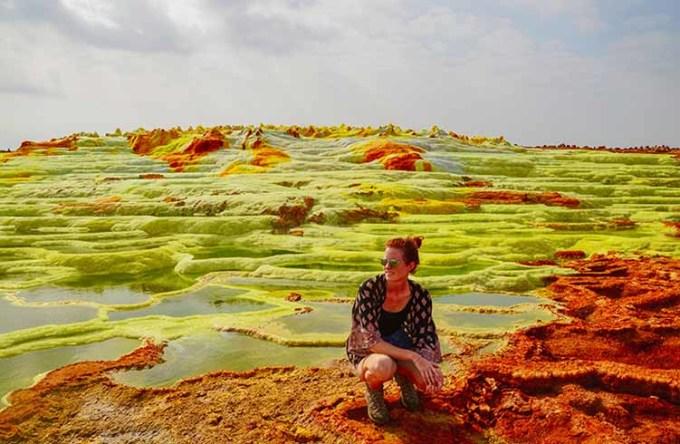 Vùng lòng chảo Danakil thu hút nhiều du khách ưa mạo hiểm ghé thăm vì có cảnh quan đầy màu sắc, được ví như đến từ hành tinh khác. Ảnh: World Nomads